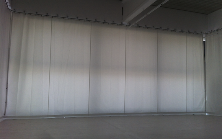 Industrial curtain / industrial partition