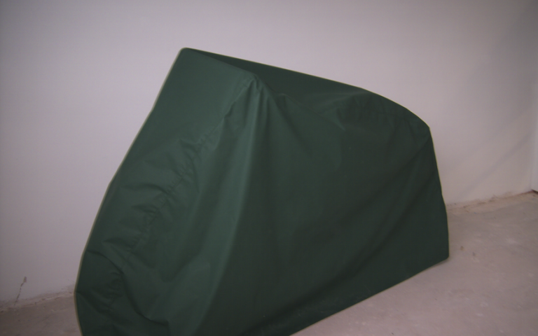 Protective covers for garden furniture, lounge furniture, barbecue, outdoor kitchen, parasols, sports equipment