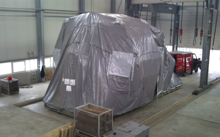 Protective covers for transport of huge machines and goods